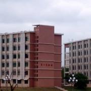 泰安机械电子工程学校