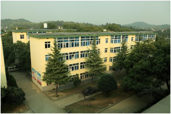 长沙湘麓中等职业学校